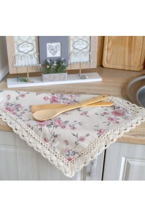 Салфетка на стол Bella Розы с кружевом