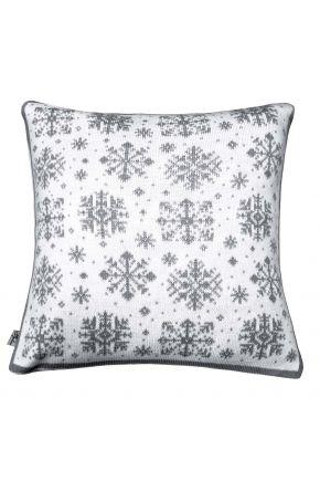 Новогодняя наволочка бело-серая снежинка