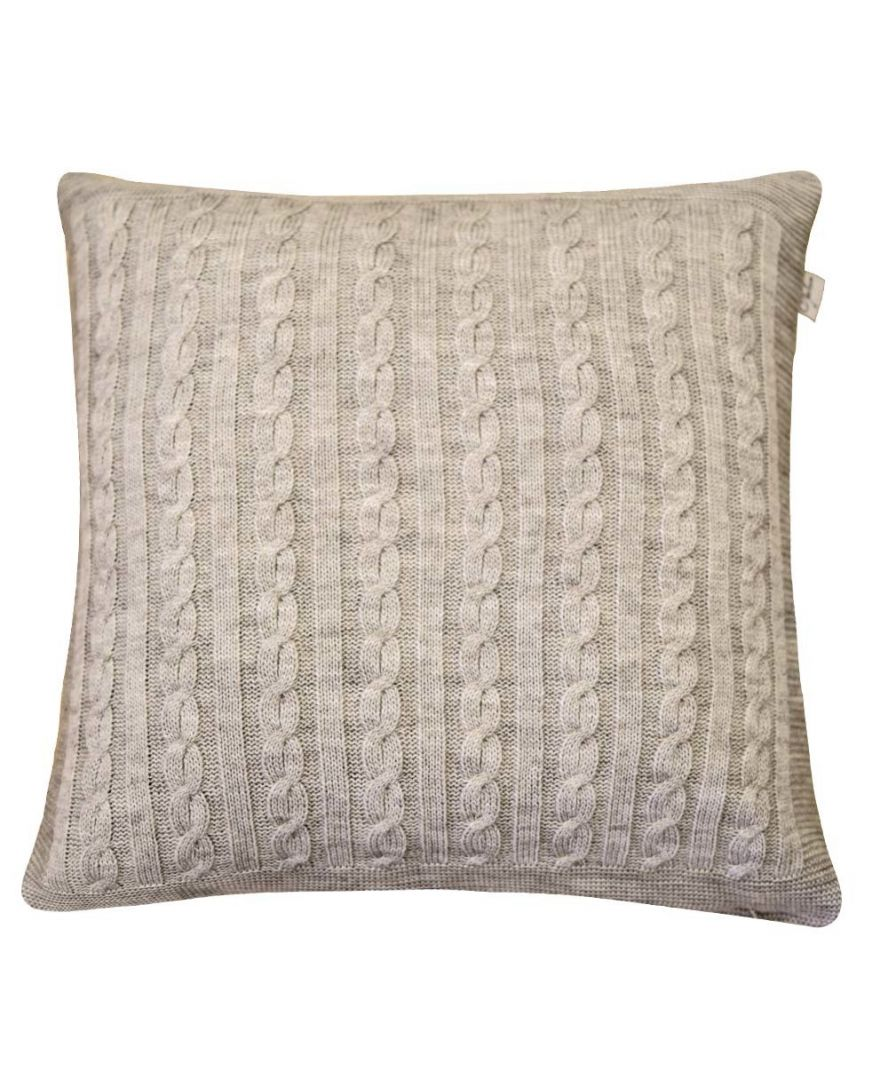 Вязаная подушка косы SOFT латте