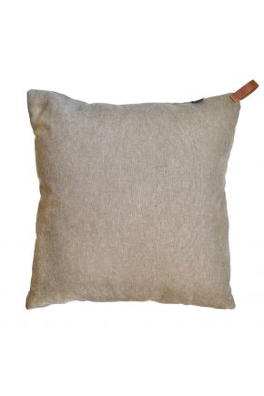 Декоративная подушка Camel с кожаным хлястиком