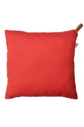Декоративная подушка Scarlet с кожаным хлястиком