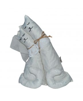 Interior toy Cats are infertile