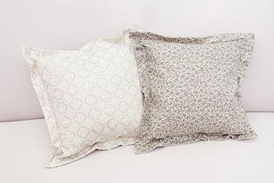Большой выбор подушек для дома