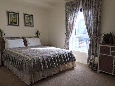 Постельное белье, пледы, шторы для спален в магазине ProvenceShop
