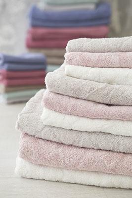 Выбор махровых полотенец в магазине текстиля ProvenceShop
